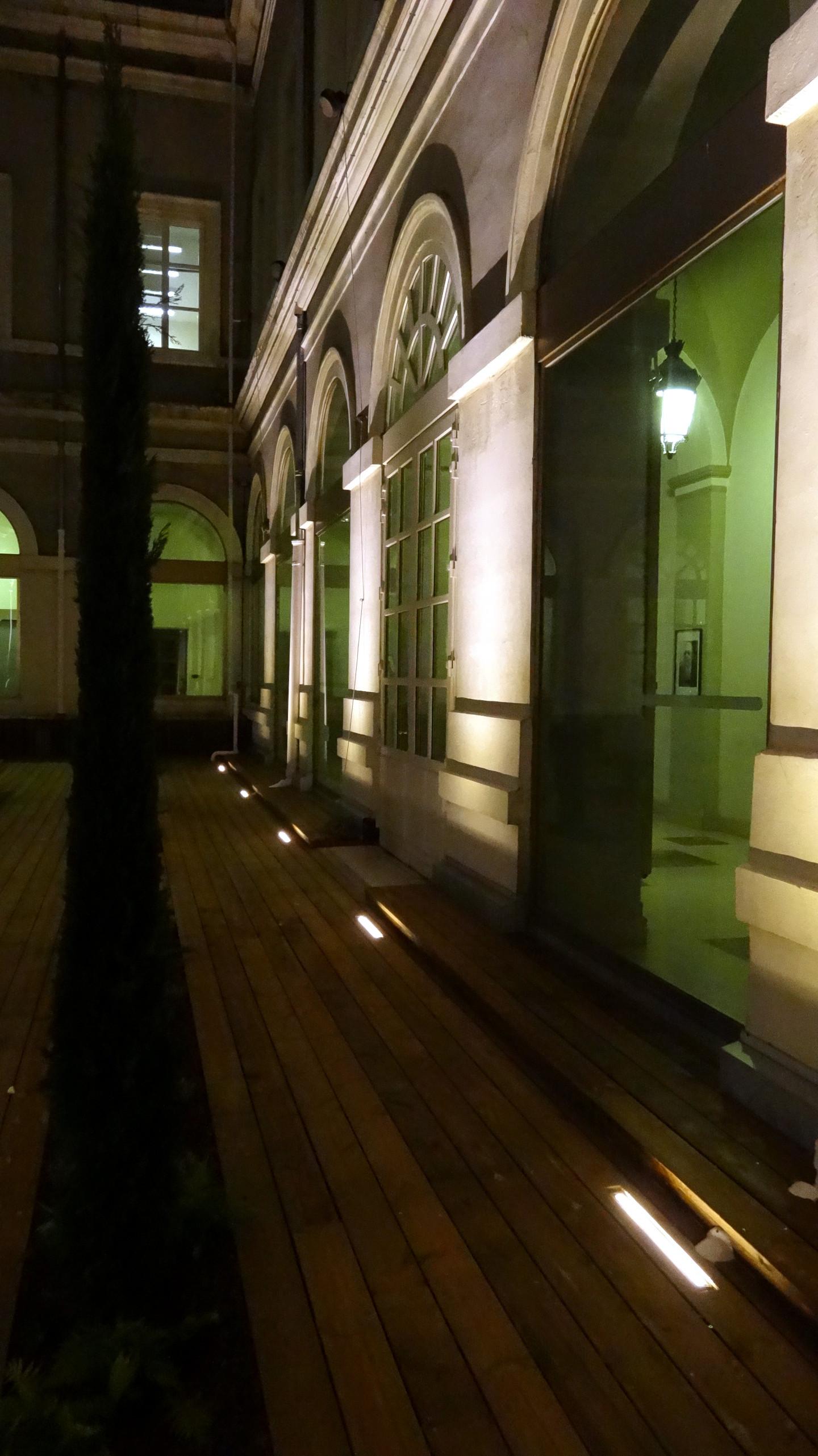 patio hotel de ville de saint etienne